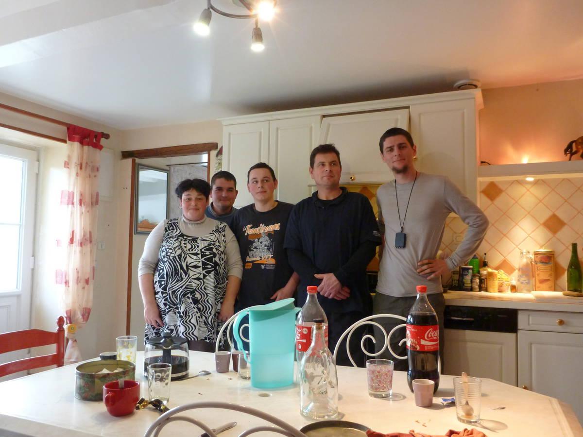 Merci à Géraldine(Mère) , Julien (Ouvrier) , Alexie(Fils) et Laurent(Père)[St Nicolas des bois]