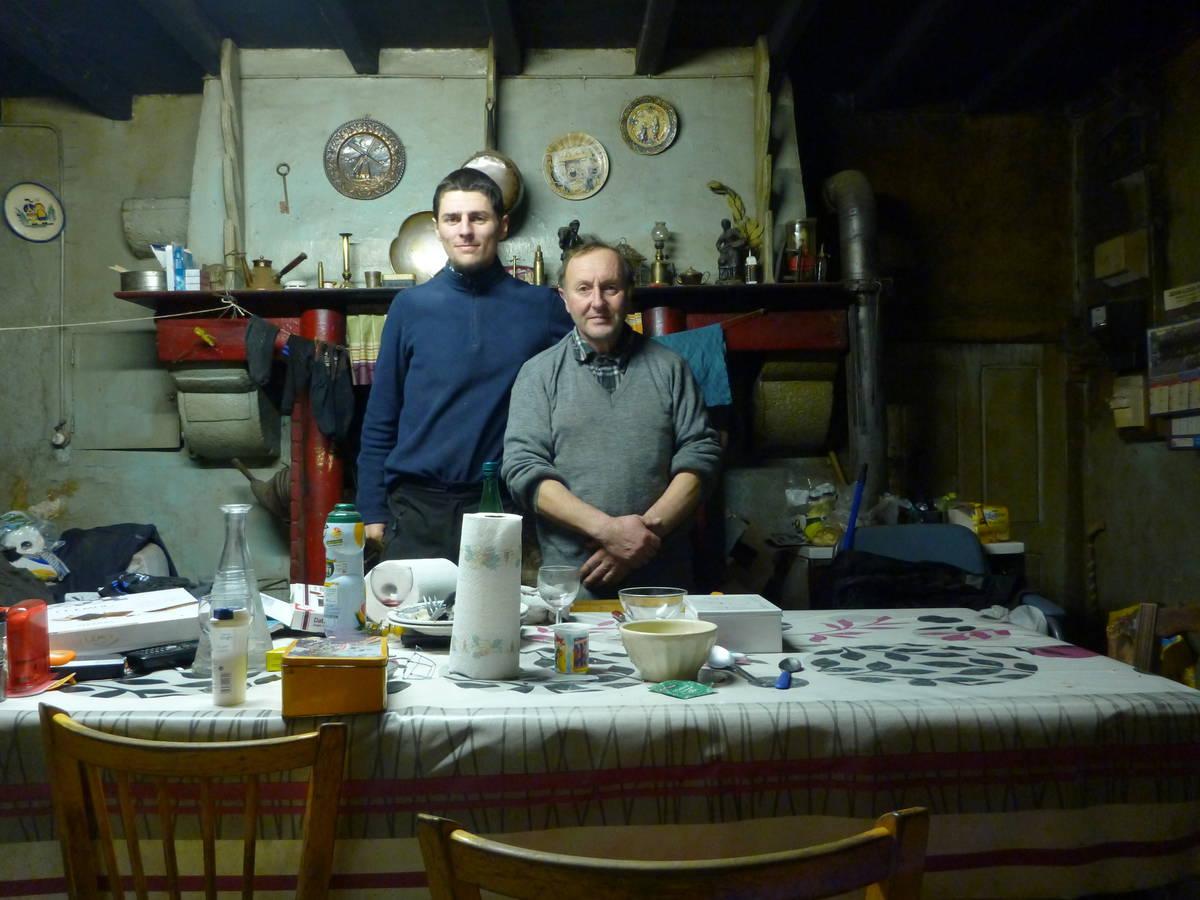 Merci à Guy et à Didier(Comptable,absent sur la photo) [Lonlay-L'Abbaye]