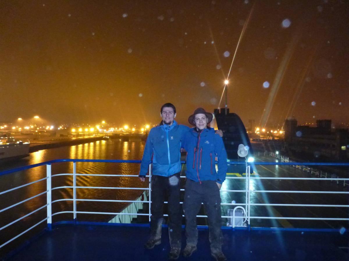 Jérôme et François sur le ferry lors du départ de Cherbourg