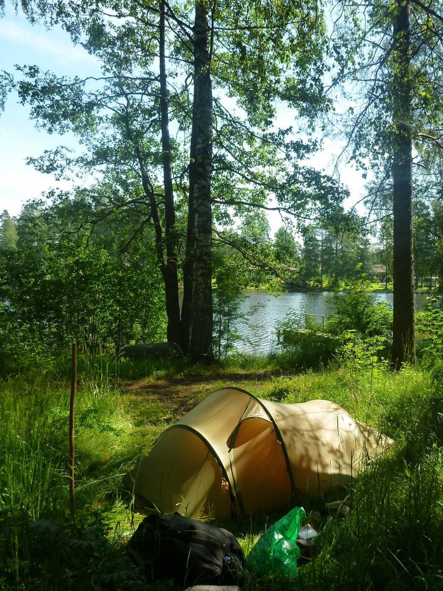 Campement prés des lacs