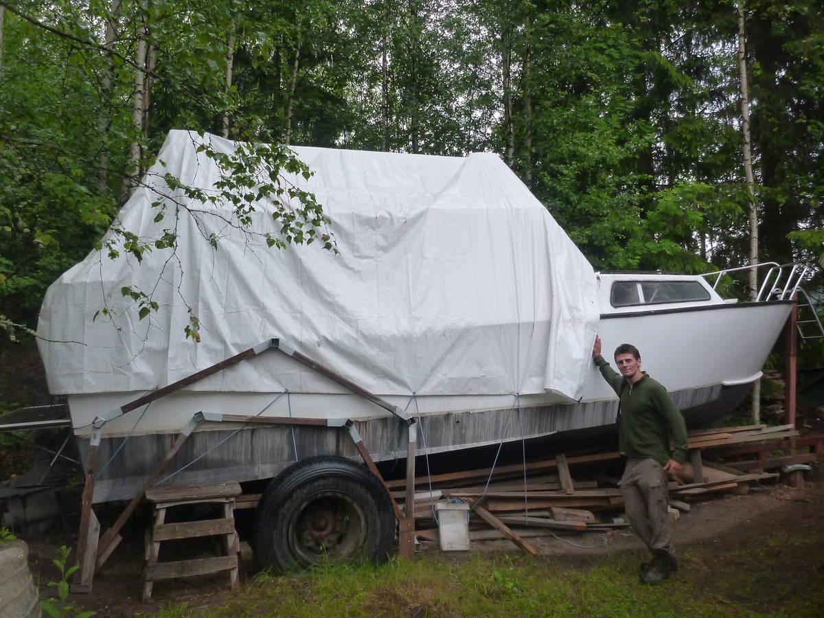 Un projet d'aménagement de bateau que une personne à confié à François