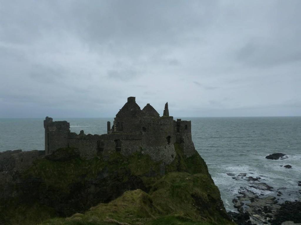 Une ruine de châteaux que nous réussissons à visiter illégalement