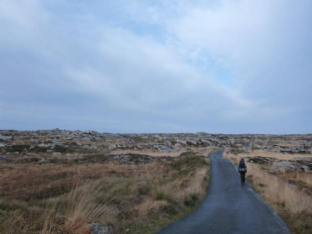Et nous partons afin d'attaquer les montagnes du connemara à travers la west highland way