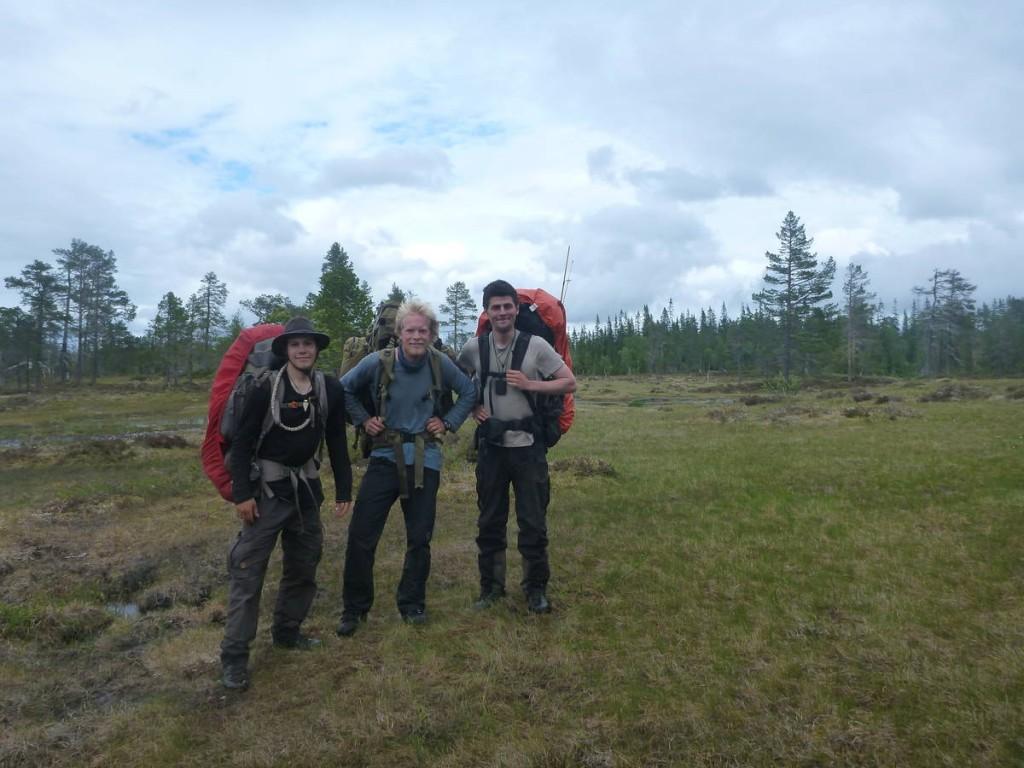 Rencontre improbable au tout milieu de la forêt : Un norvégien marchant depuis le cap nord et se rendant au point le plus au sud de la norvège