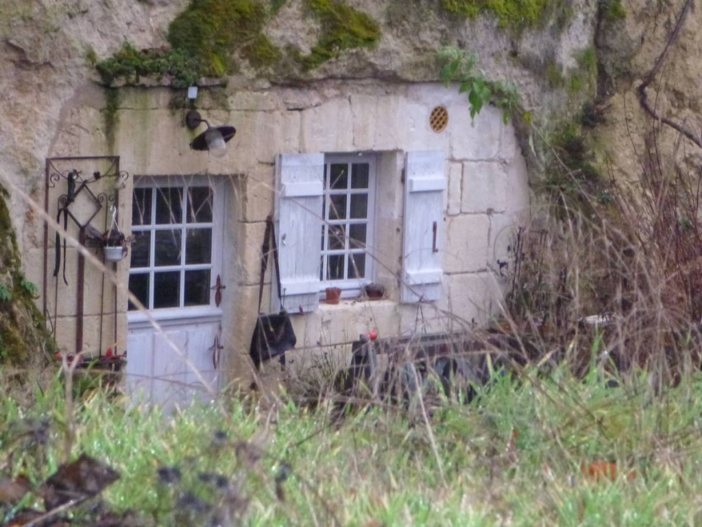 Les habitations troglodytes de ce village