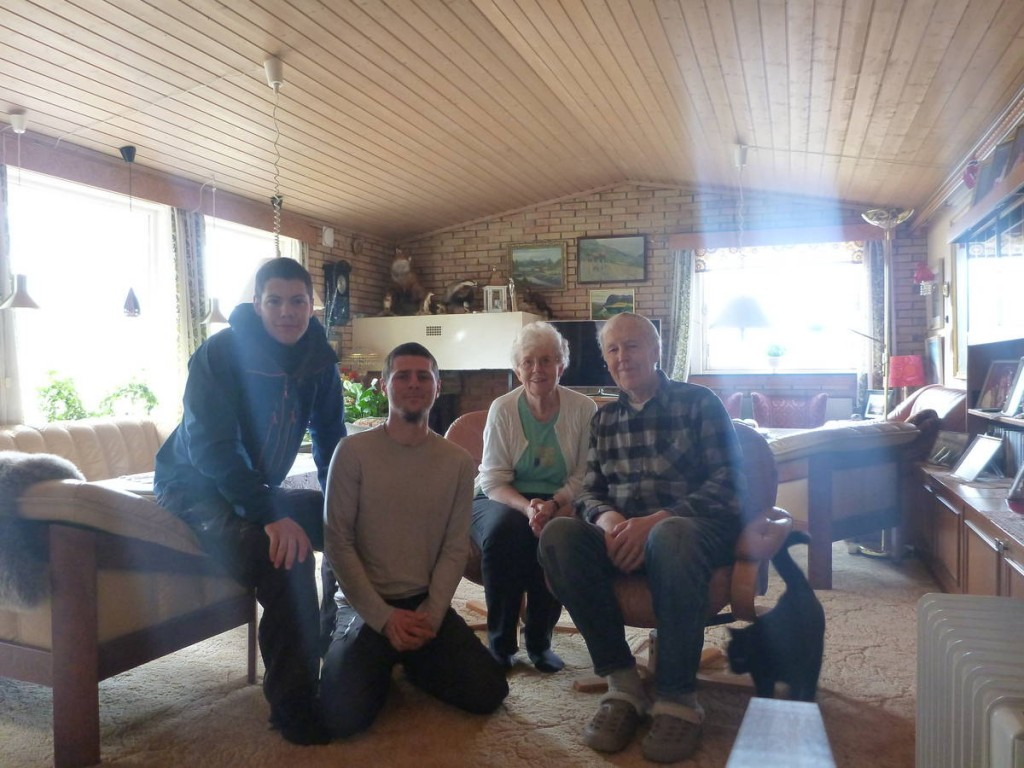 Après que l'on soit passé dans le journal local, ce couple nous reconnait puis nous invite à passer la nuit chez eux