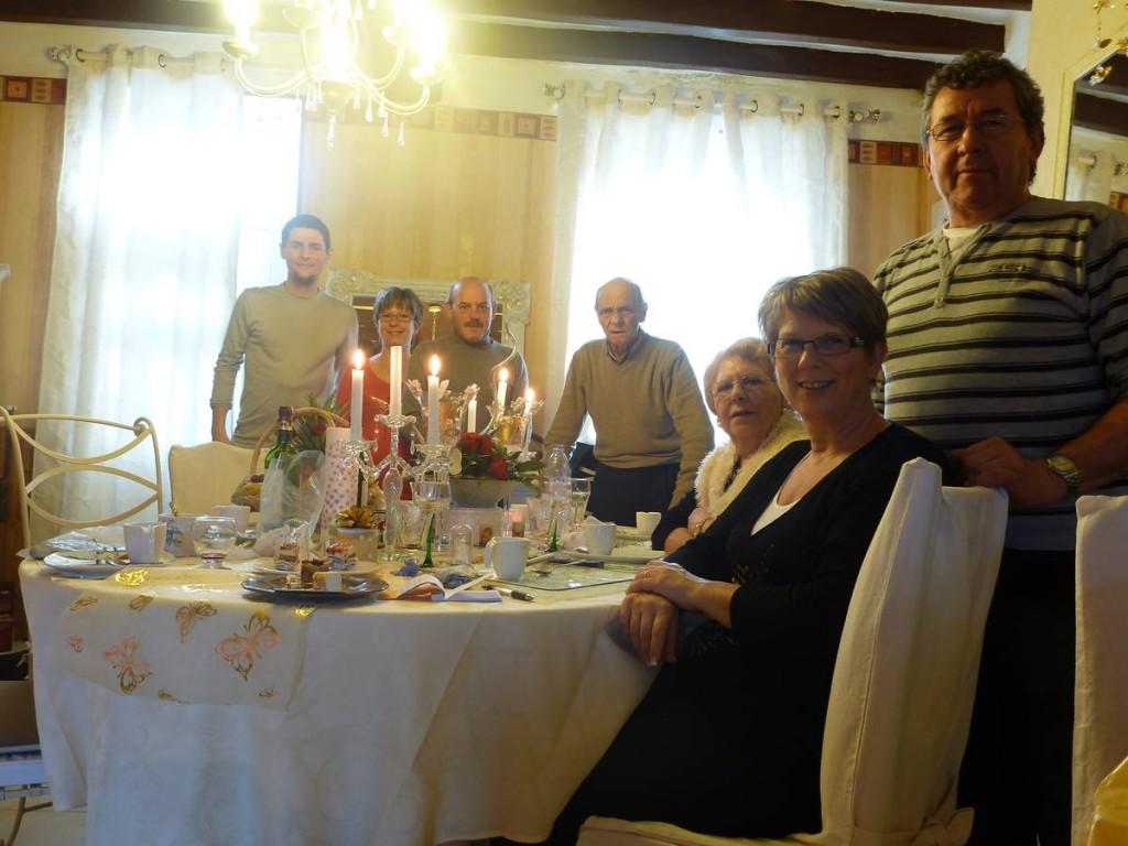 Et le lendemain une autre famille m'invite à manger le dessert de leur repas de noël