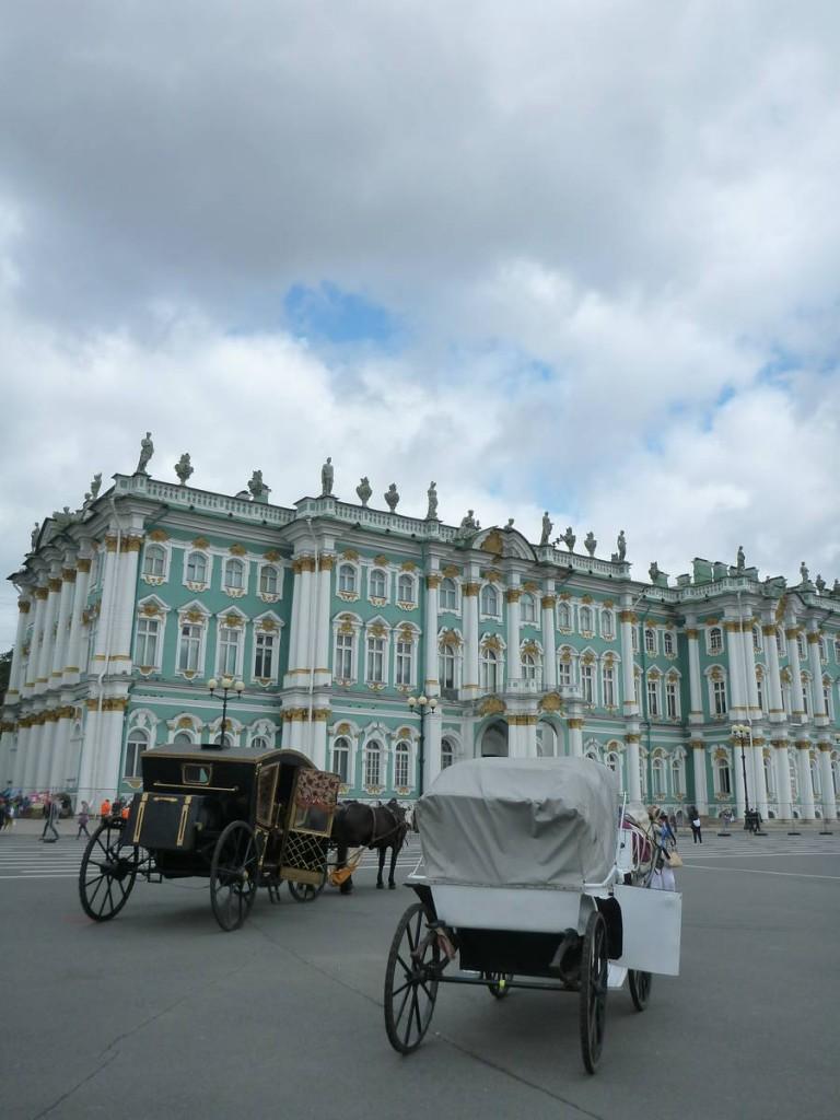 Le fameux palais et musée de l'ermitage