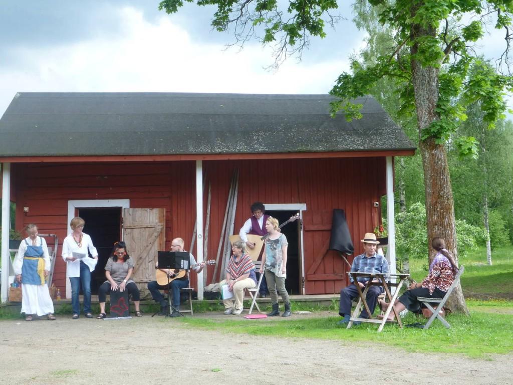 Une réunion de musiciens folk un jour