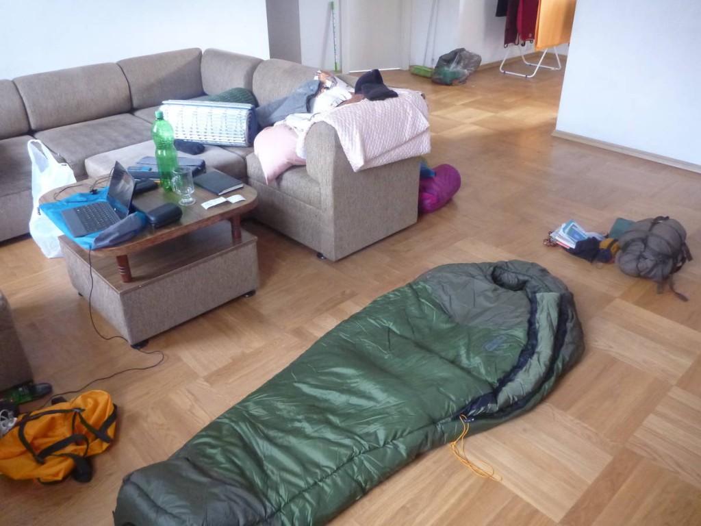 Une française en erasmus m'héberge quelques jours; J'en profite pour me procurer mon équipement pour l'hiver; Dont ce magnifique sac de couchage pouvant tenir les -20 degrés