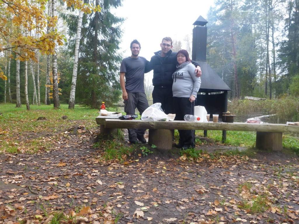Je rencontre dans cette cabane un couple d'estoniens