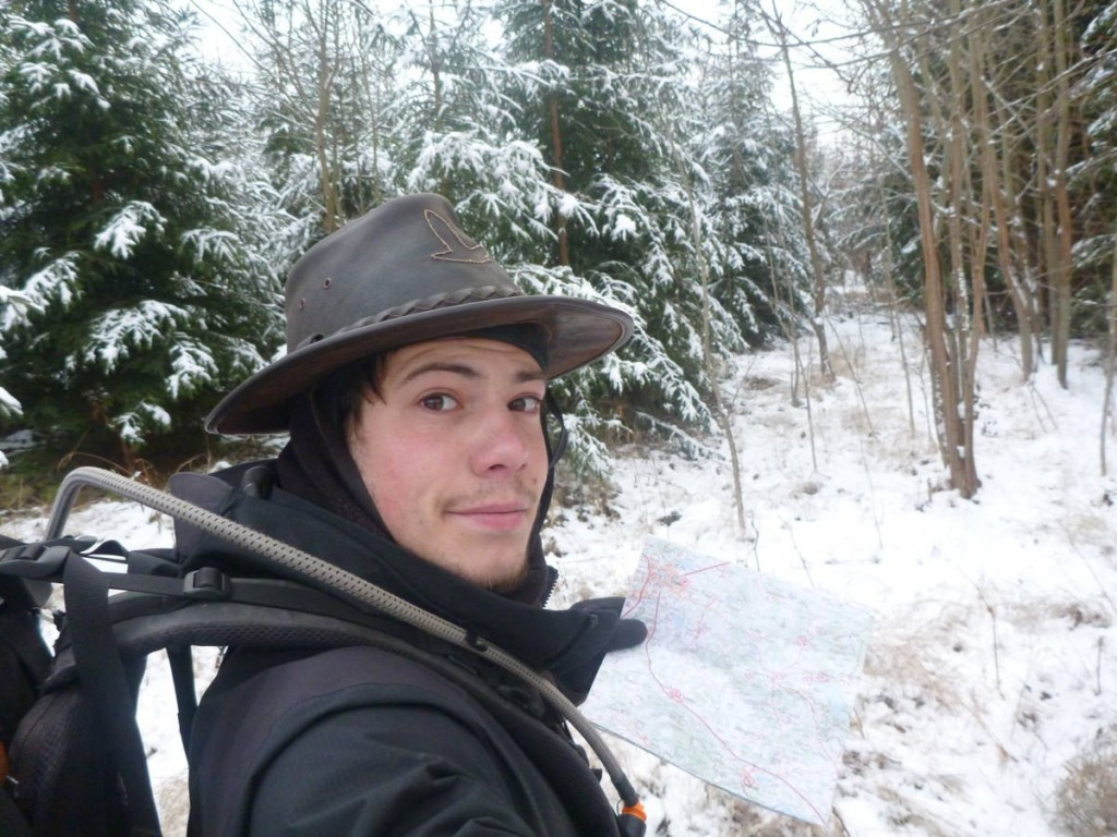 Armé d'une bonne carte je pars dans un parc national enneigé