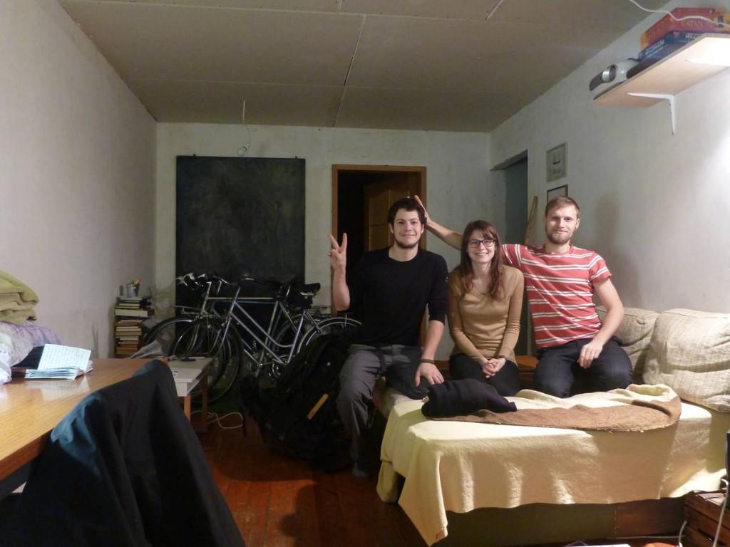 Je rencontre ce joli couple par couchsurfing qui m'héberge plusieurs jours