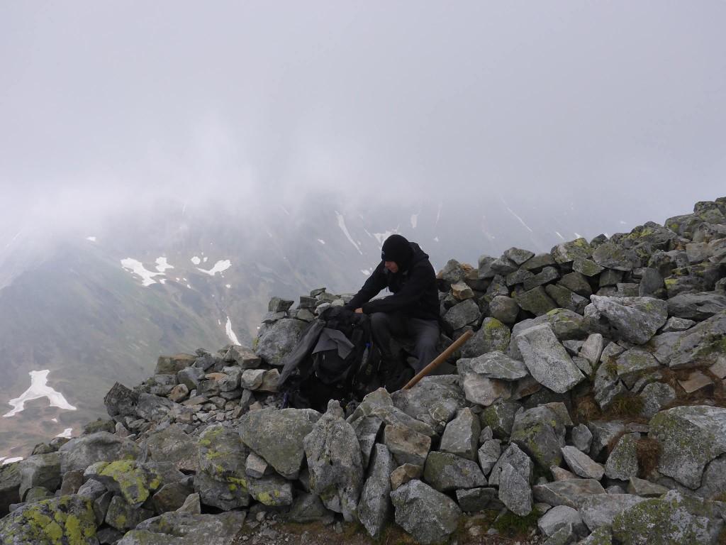 Je fais une pause à 2200m avant de redescendre dans la vallée