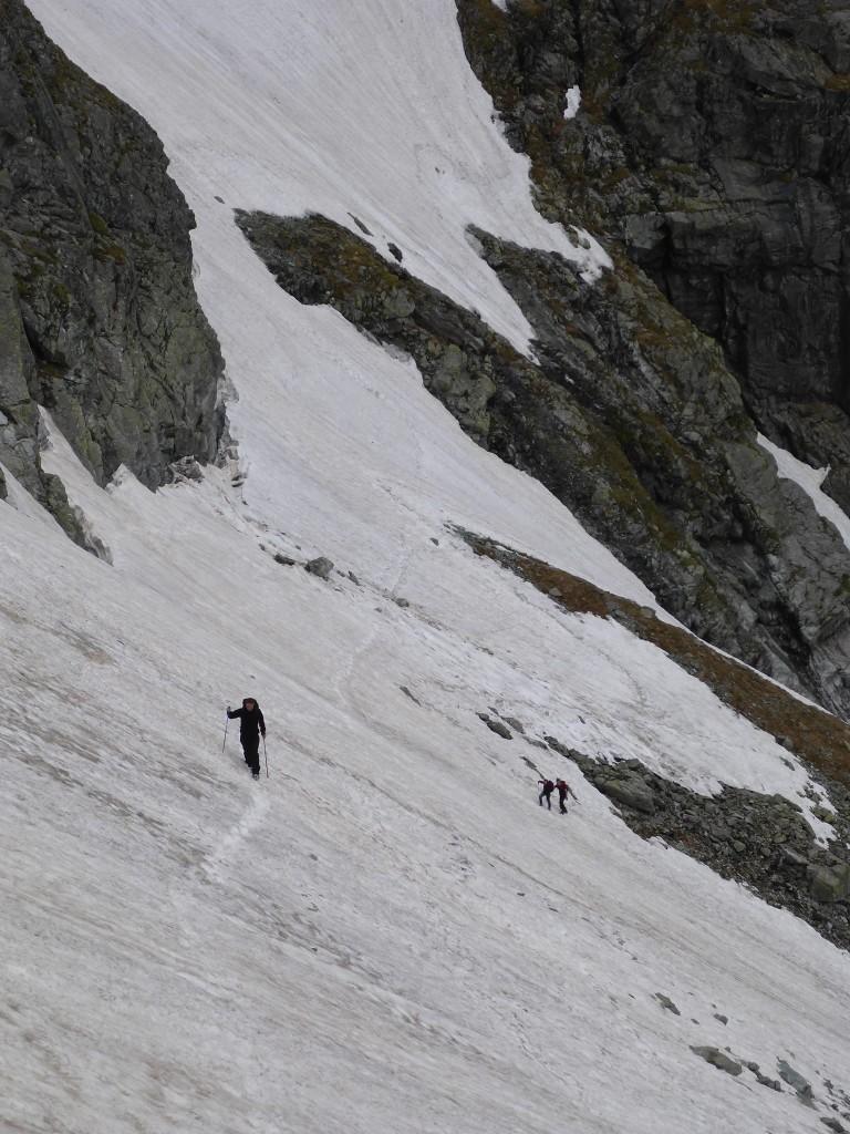 Dépassé les 2000 mètres la neige est présente