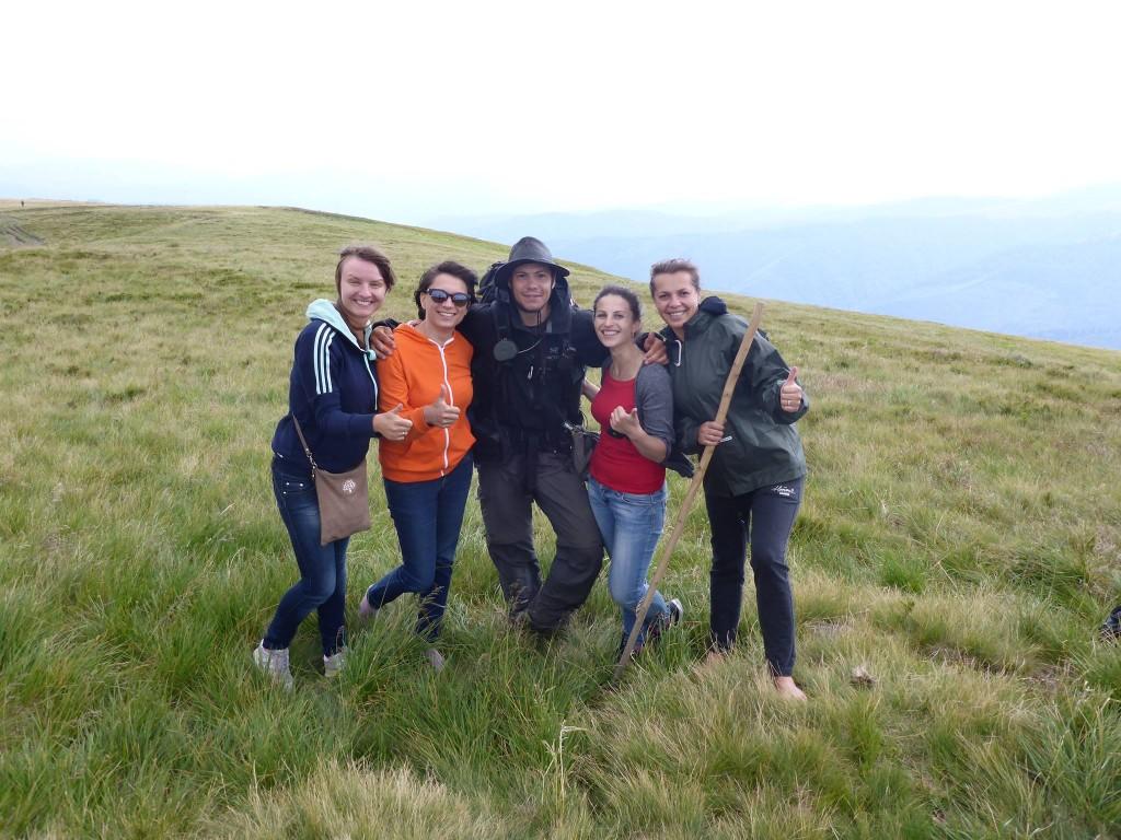 Un groupe d'ukrainiennes que je rencontre au milieu de la montagne