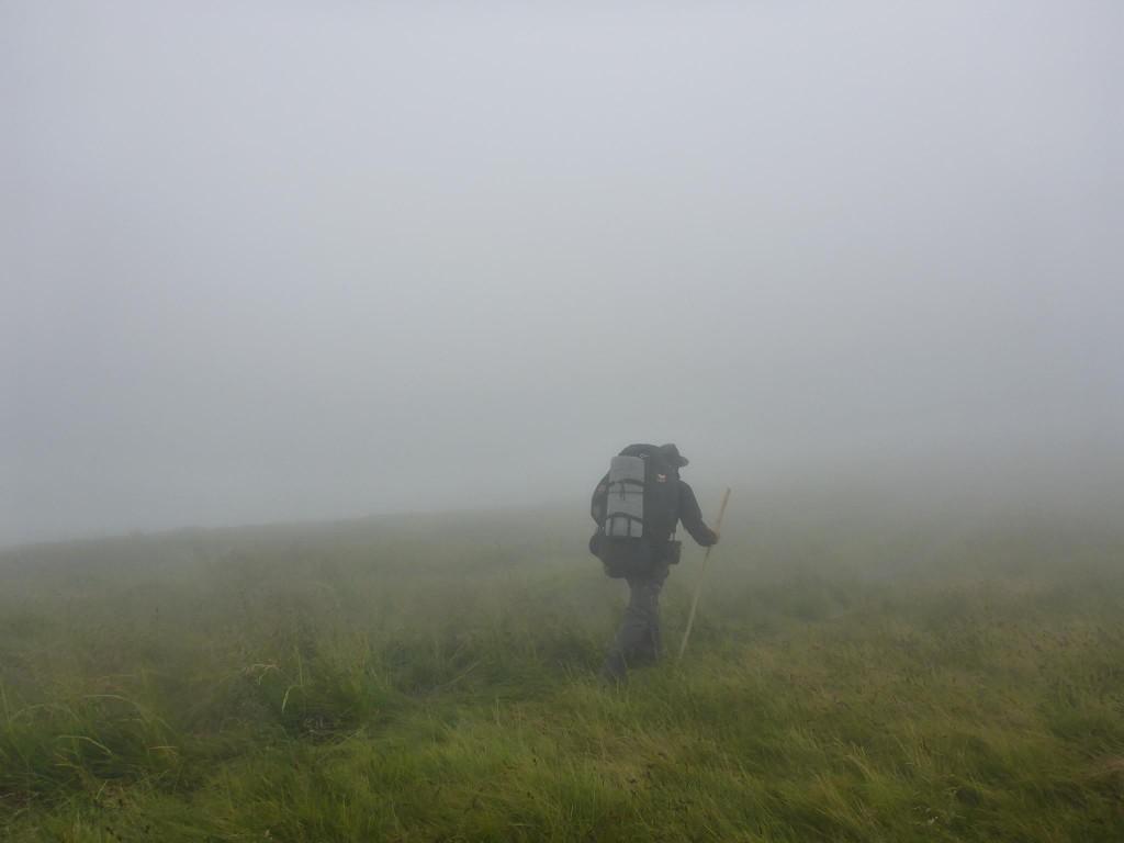 Le lendemain un brouillard à couper au couteau m'accompagne pratiquement toute la journée