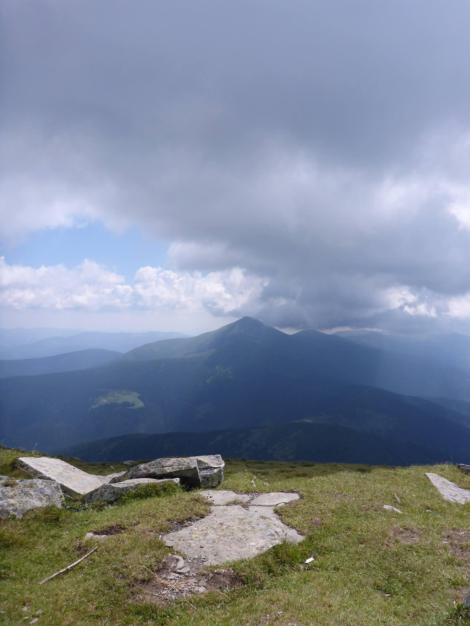 L'hoverla, le point culminant de l'Ukraine à 2061 mètres.
