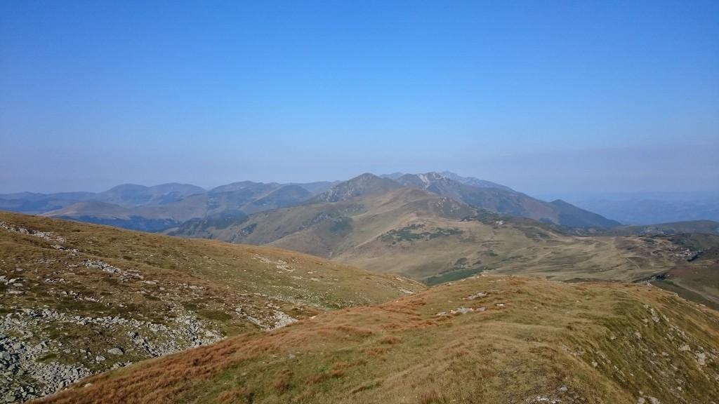 Nous rejoignons les montagnes Rodnei.