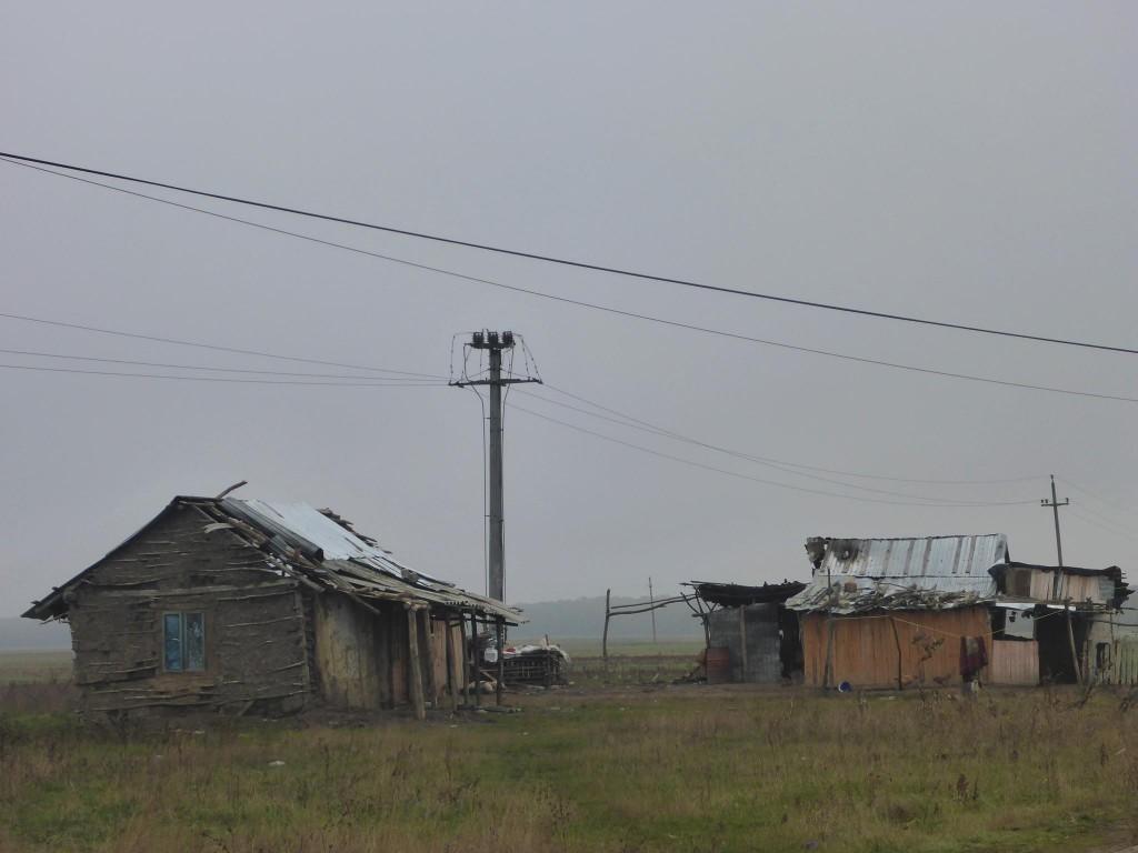 Les villages sont parfois de vraies bidonvilles