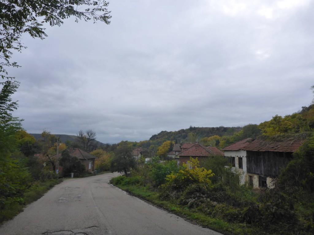 Je reprends la route à travers la Bulgarie du nord.