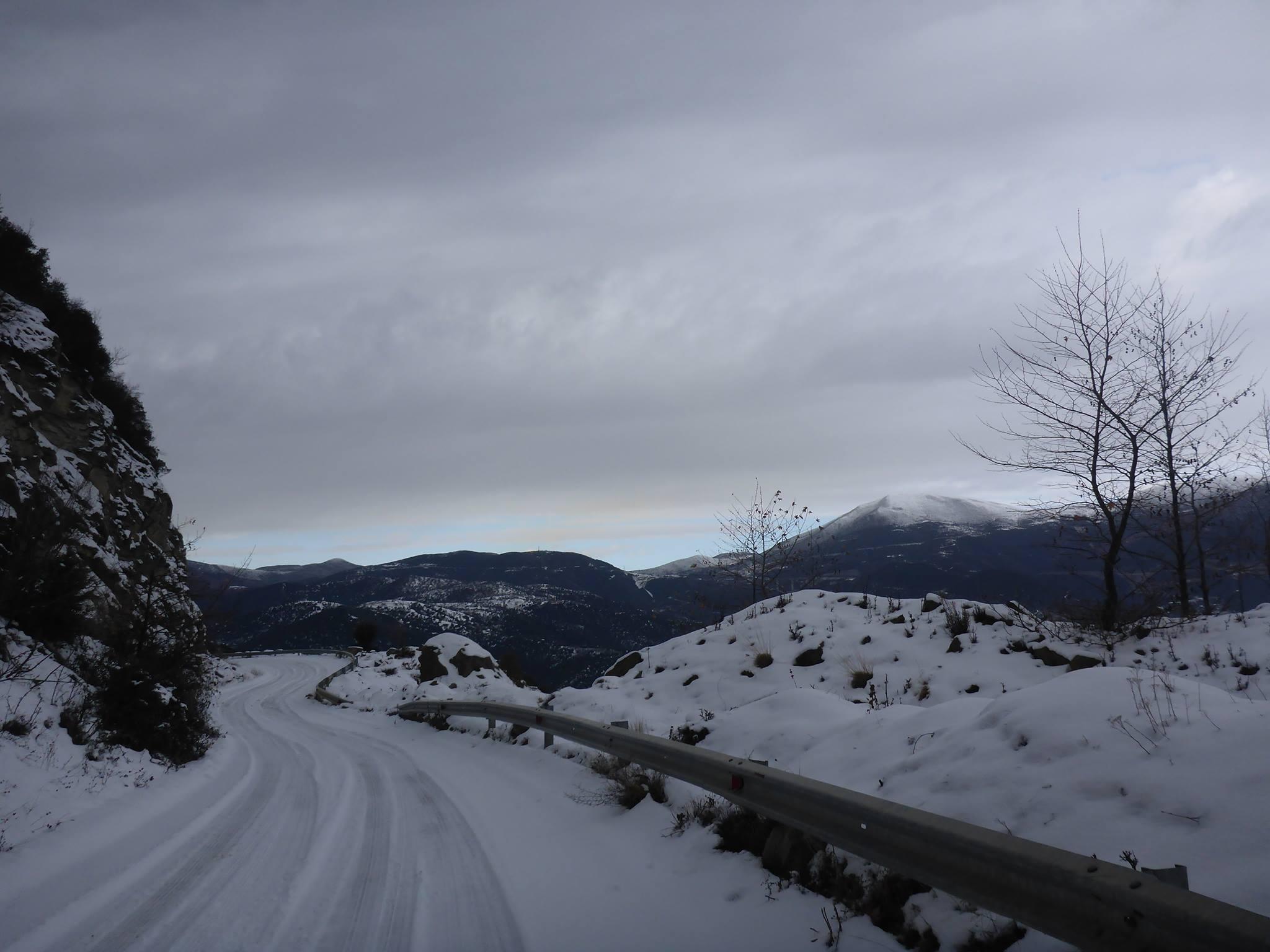 La chose positive est que les voitures se font presque absente des routes de montagnes