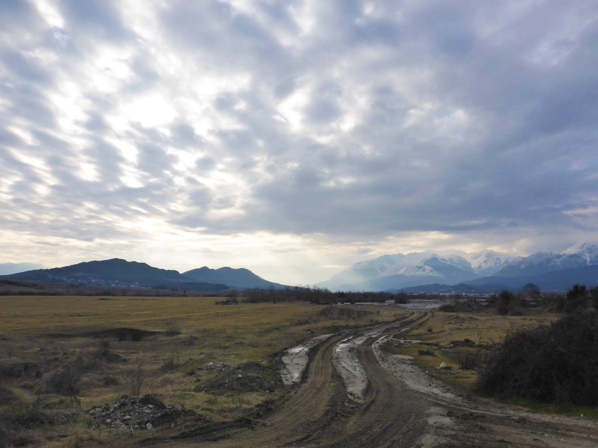 Les premiers kilomètres en Albanie