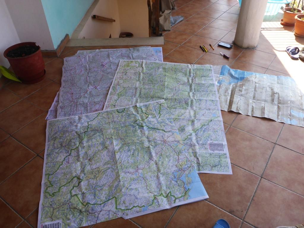 De retour à Tirana j'emploi mes dernières semaines à planifier mon itinéraire à travers les Balkans puis à écrire mon premier livre.