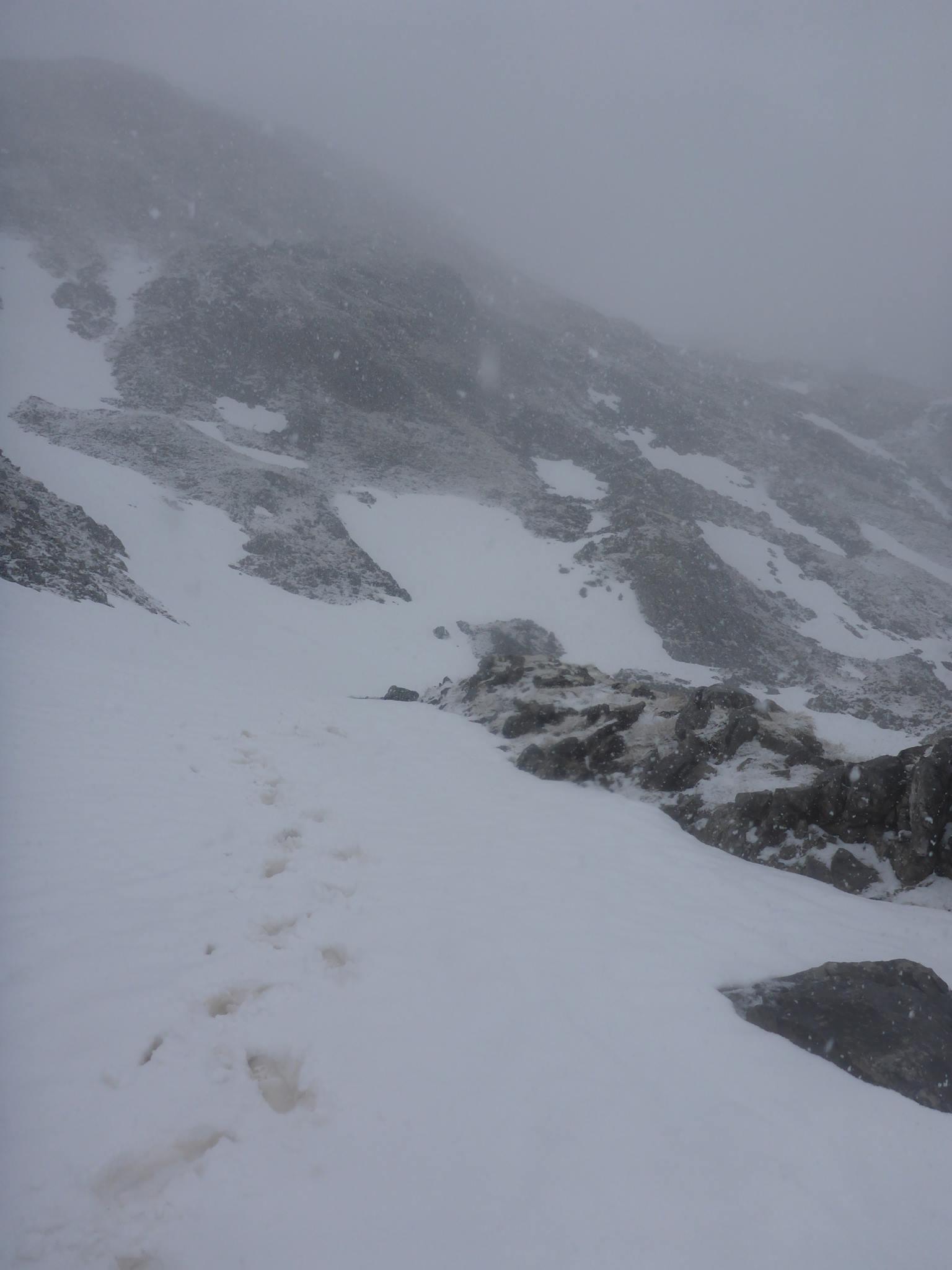 Je m'embarque pour le passage en Bosnie par un massif encore bien couvert par la neige