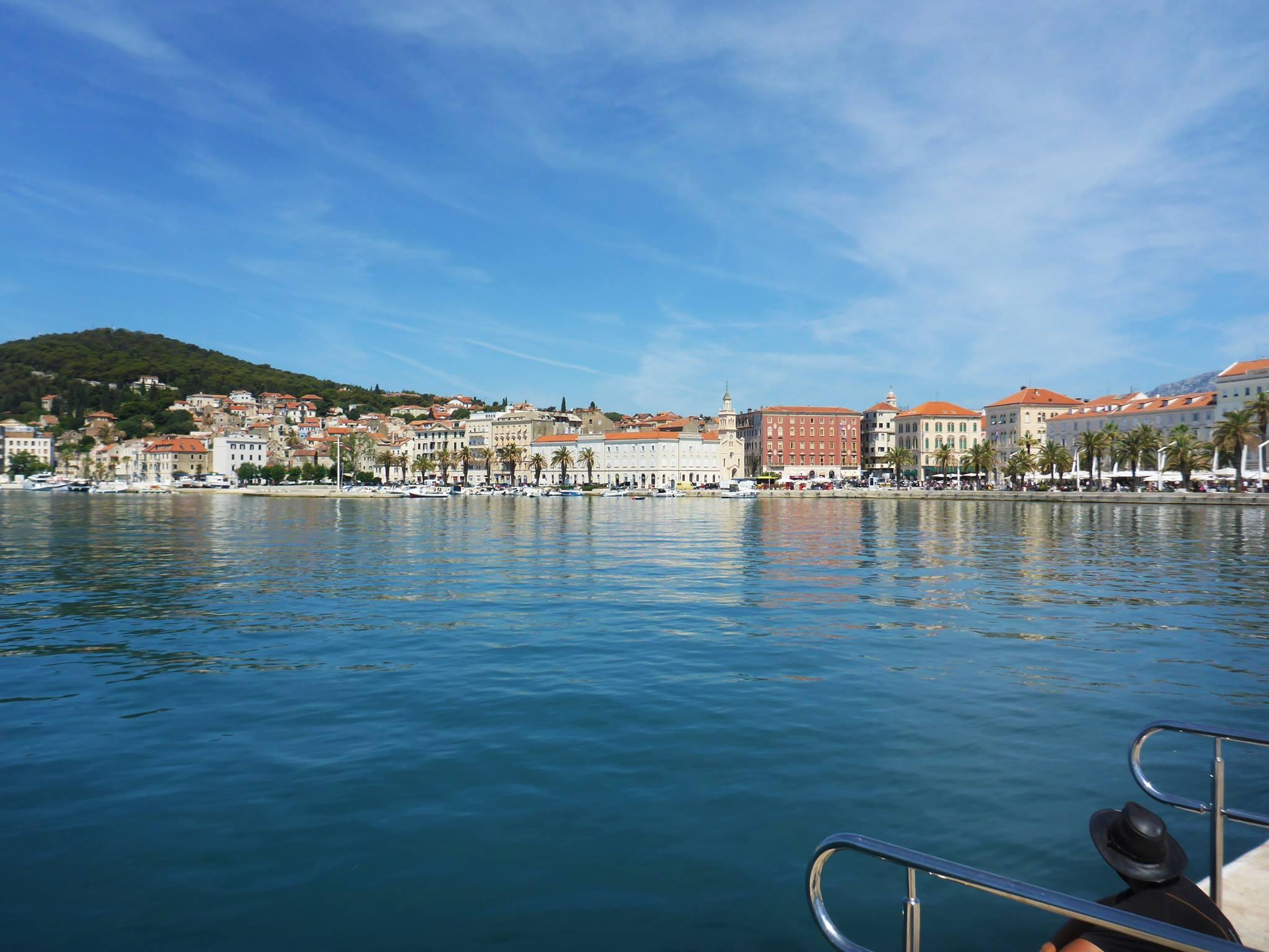 Je rejoins la ville de Split pour une dizaine de jours de pause, cela afin d'attendre Damien, un ami de France venant marcher avec moi deux semaines