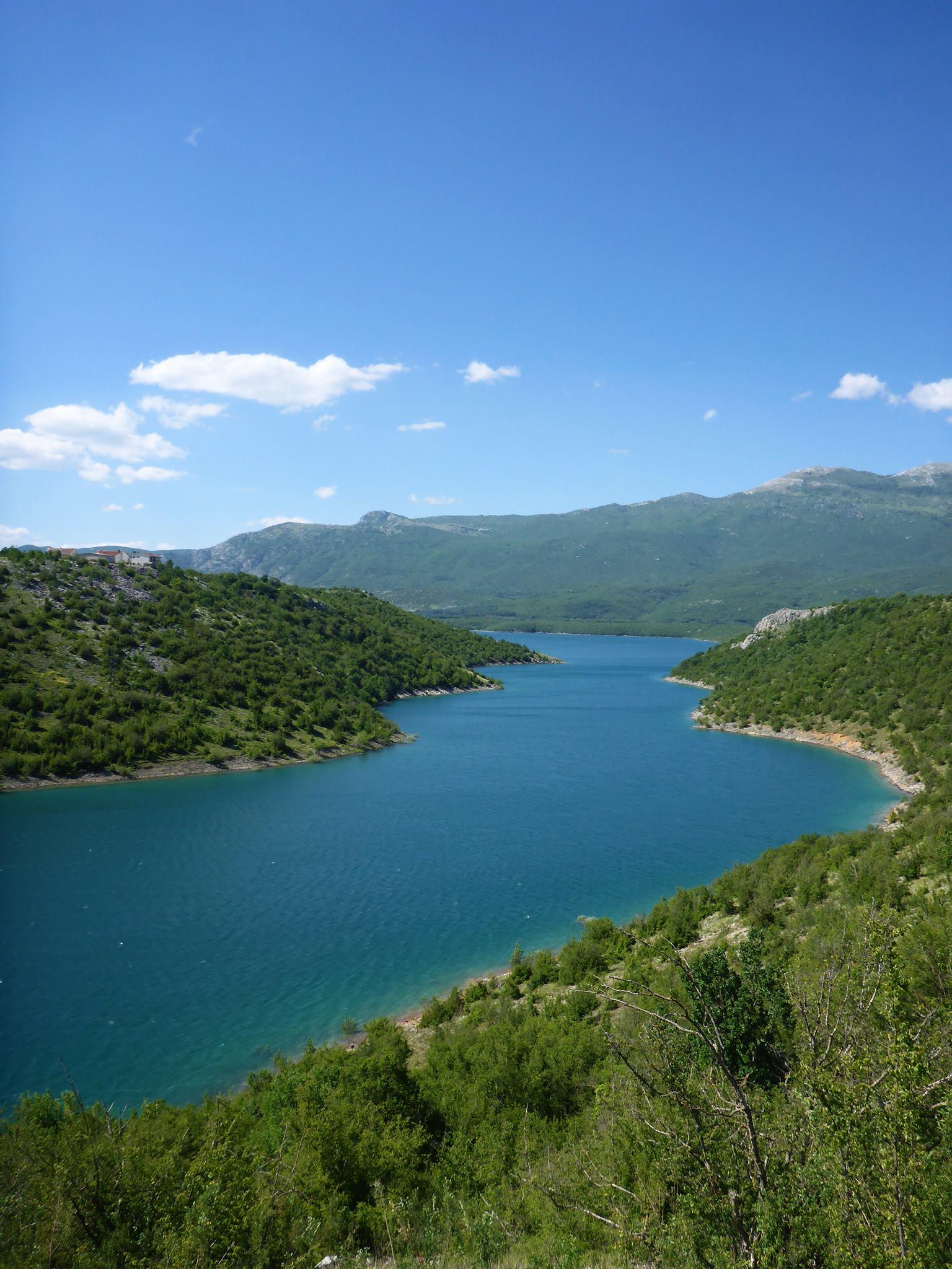 Je profite d'avoir tout ces lacs et rivières pour me baigner 2-3 fois par jour