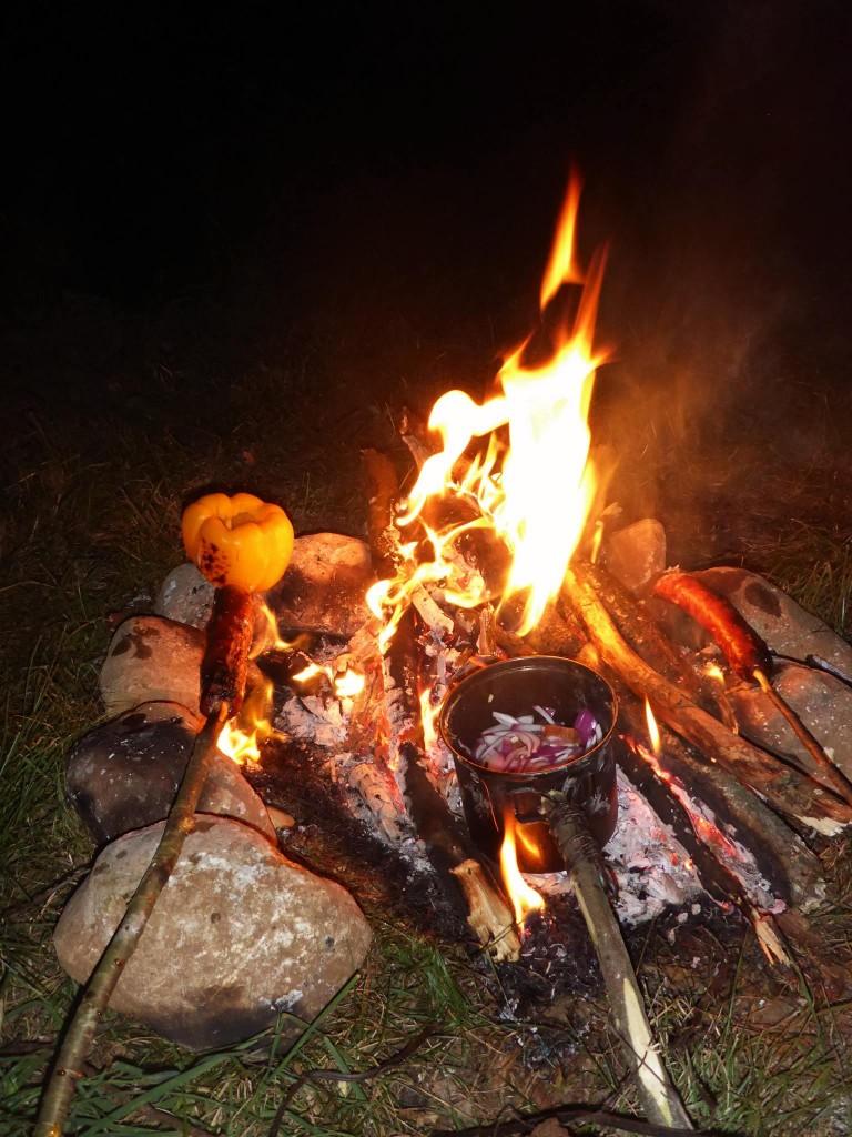 Les soirs sont le temps de bons repas auprès du feu