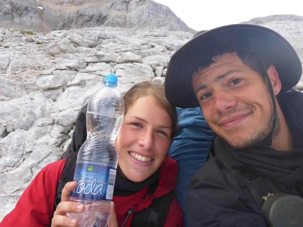 Il n'y a aucune source d'eau et les odieux refuges vendent la bouteille à 4, 5 euros !
